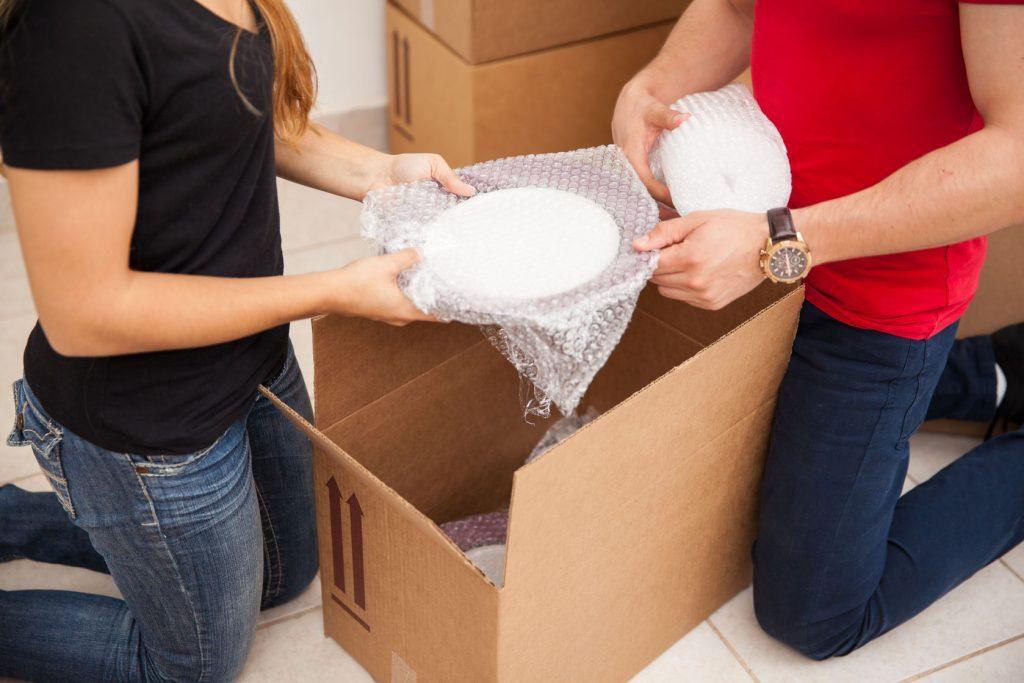¿Porqué embalar con plástico de burbujas para una mudanza?
